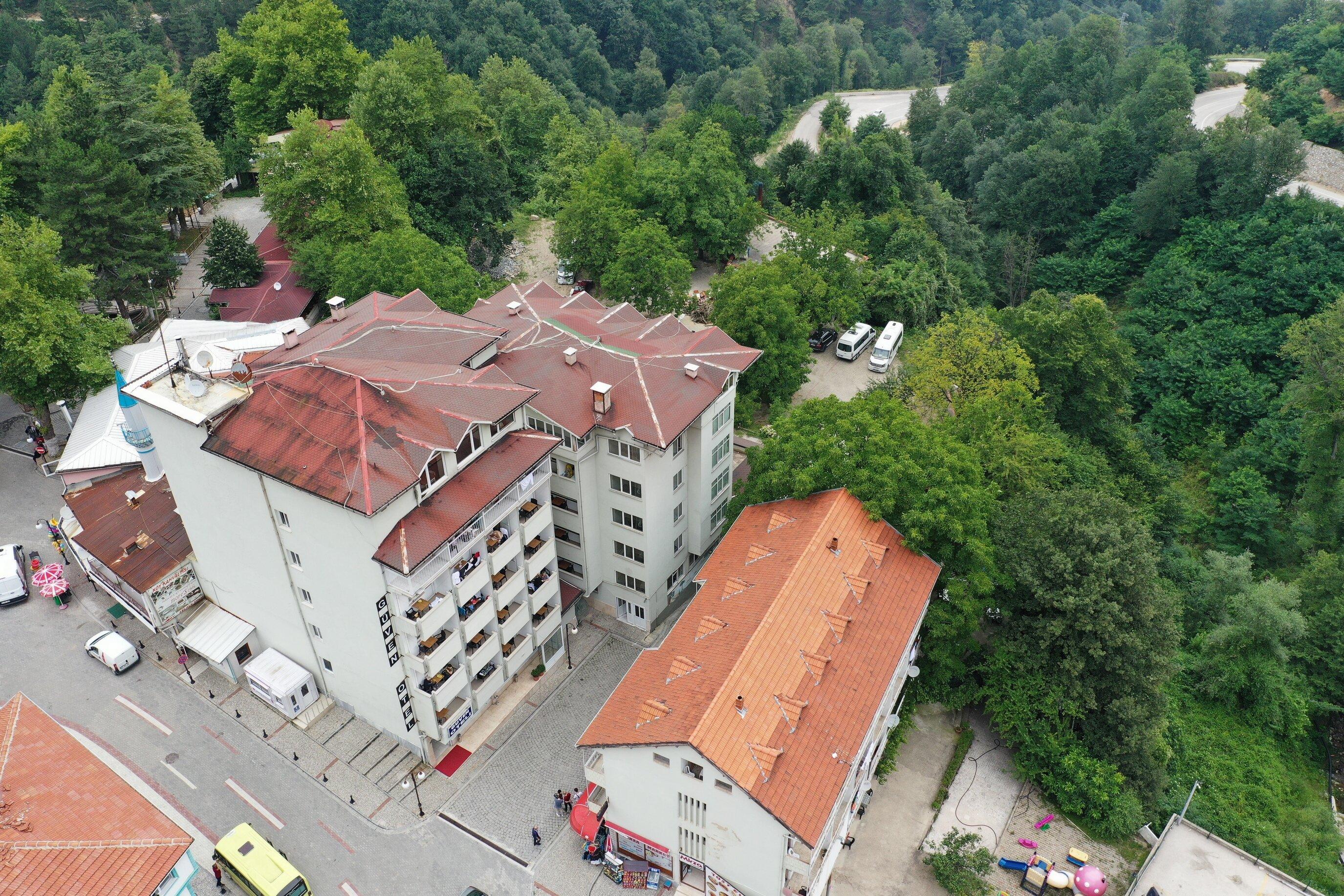 Oylat Güven Hotel