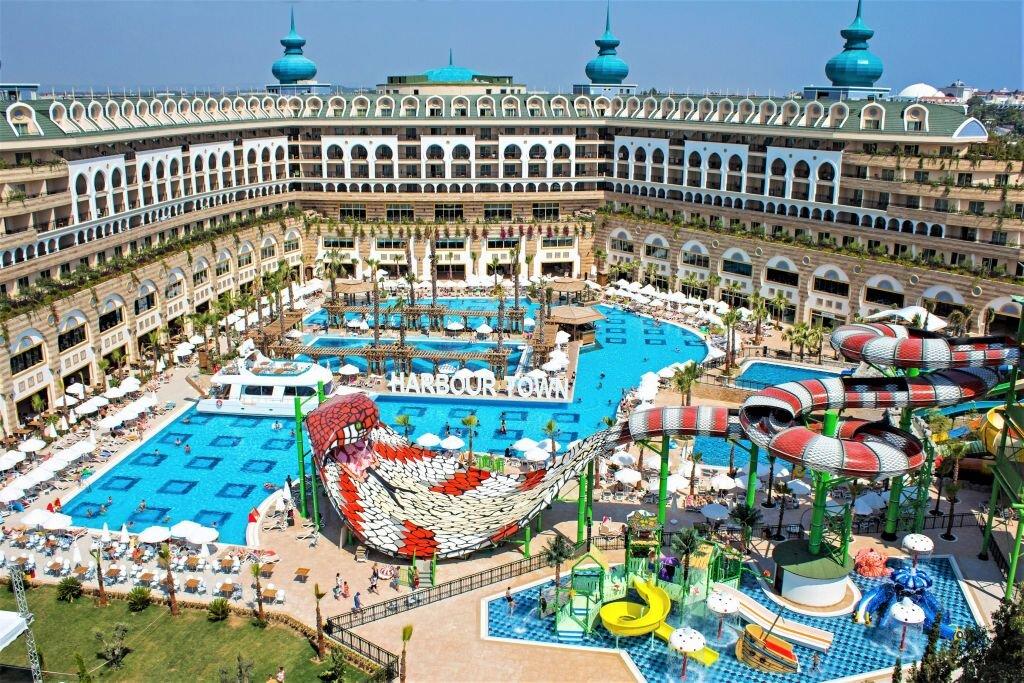 Crystal Sunset Luxury Resort Spa Jolly Tur